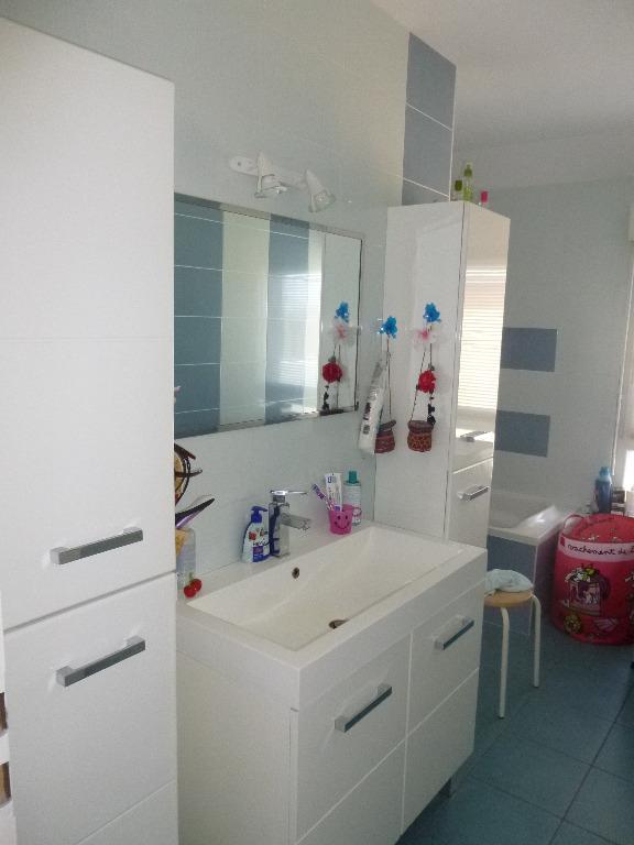achat vente maison de 4 pi ces herrlisheim pres colmar 68420 dans le haut rhin 68. Black Bedroom Furniture Sets. Home Design Ideas